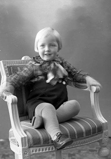 "Enligt fotografens journal nr 6 1930-1943: ""Andersson, Fru Majt Talbo Svenshögen""."