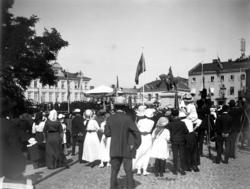 Invigning av dubbelstaty på Kungstorget i Uddevalla