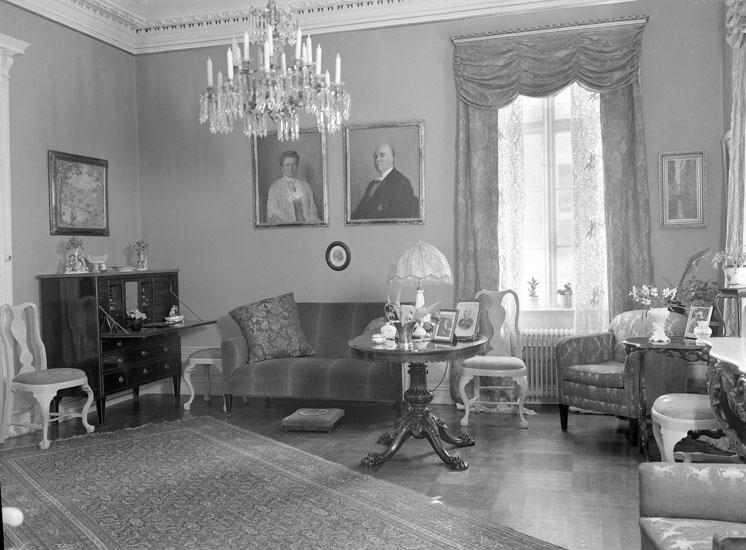 """Uppgift enligt fotografen: """"Uddevalla. Kockska huset interiör. Häradsh. Ivar Kocks hem."""""""