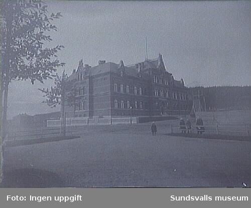 Sundsvall flickläroverk. Flickskola uppförd 1891-1993.