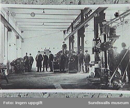 Verner Johnson arbetade på Munksunds sulfatfabrik under uppbyggnaden. Sedan följde han sin arbetsgivare till Sundsvall för att bygga upp Östrandsfabriken.