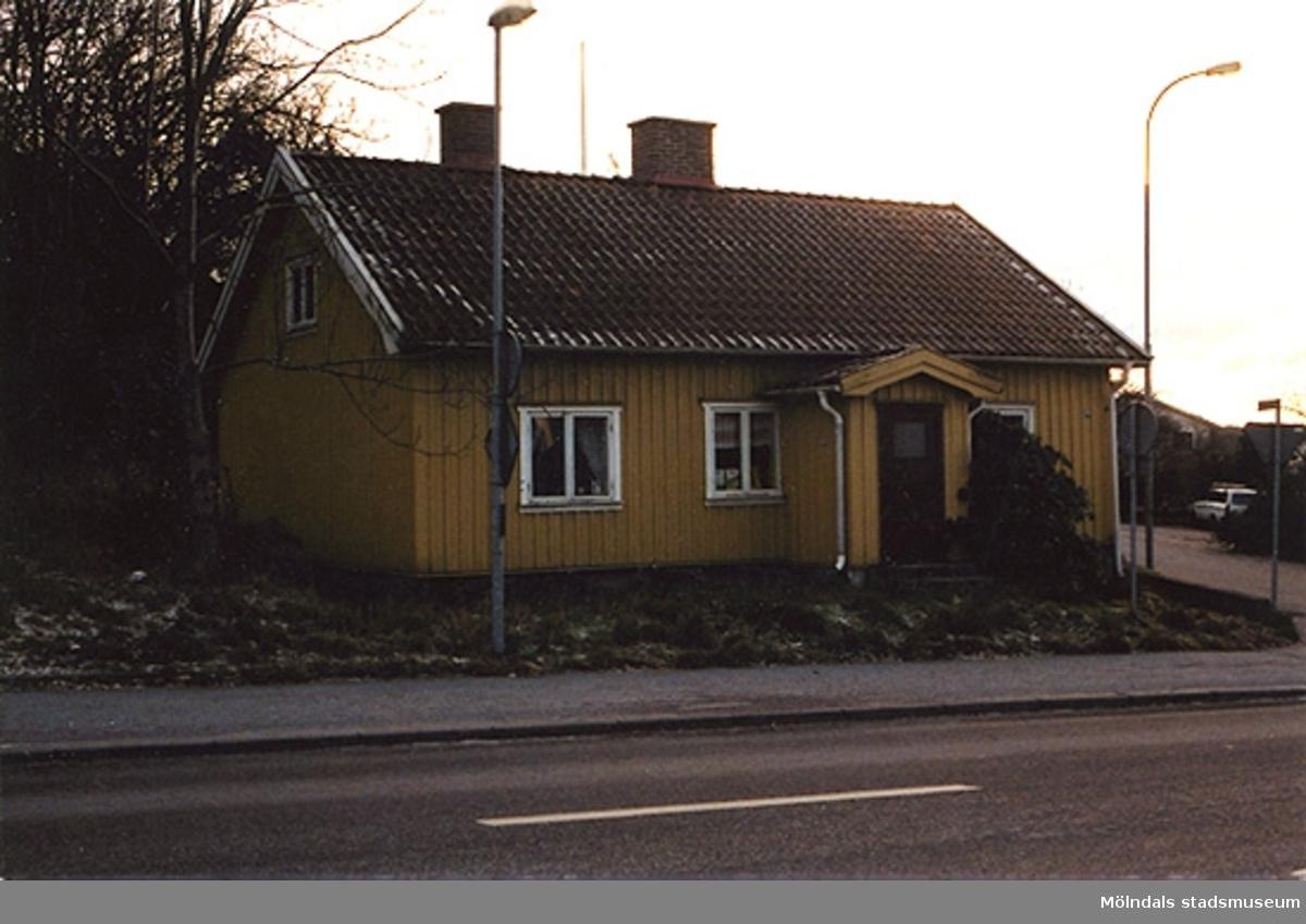 Bostadshus på Frölundagatan i Åby, Mölndal. År 2000.