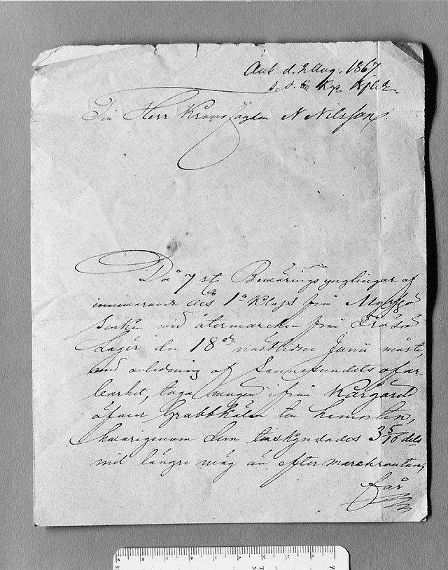 """Brevet uppvikt - första sidan med anteckning """"Ank. d. 2 aug. 1867"""". (Andra sidan av brevet - se neg 3986d)"""
