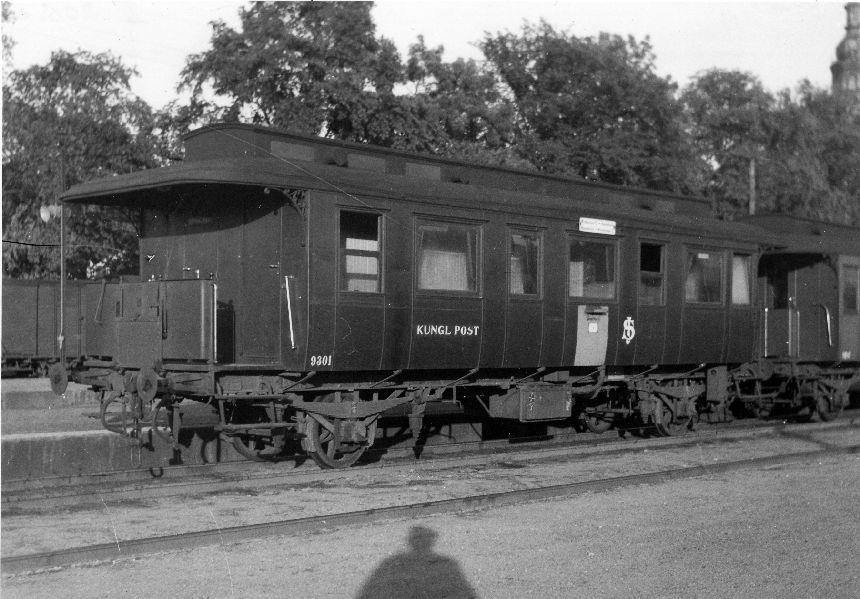 Fotografi föreställande Järnvägspostvagn SJ ECD6 9301 f.d. CHJ 30, Kristianstad 1946.