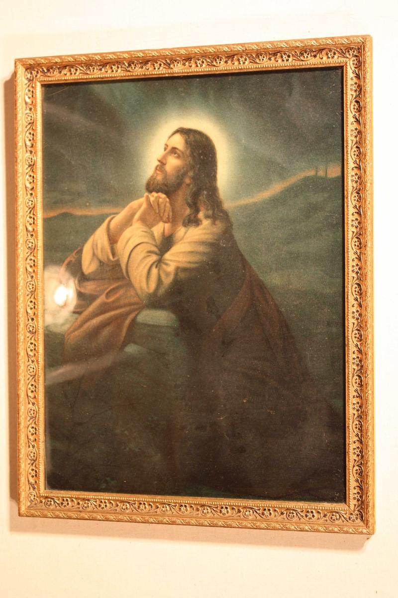 Forgyllt biletråme med innråma oljetrykk (måleri) av Jesus i bøn i Getsemane..