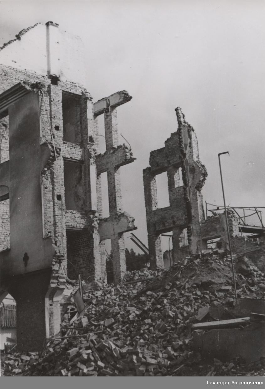 Utbombet bygning,