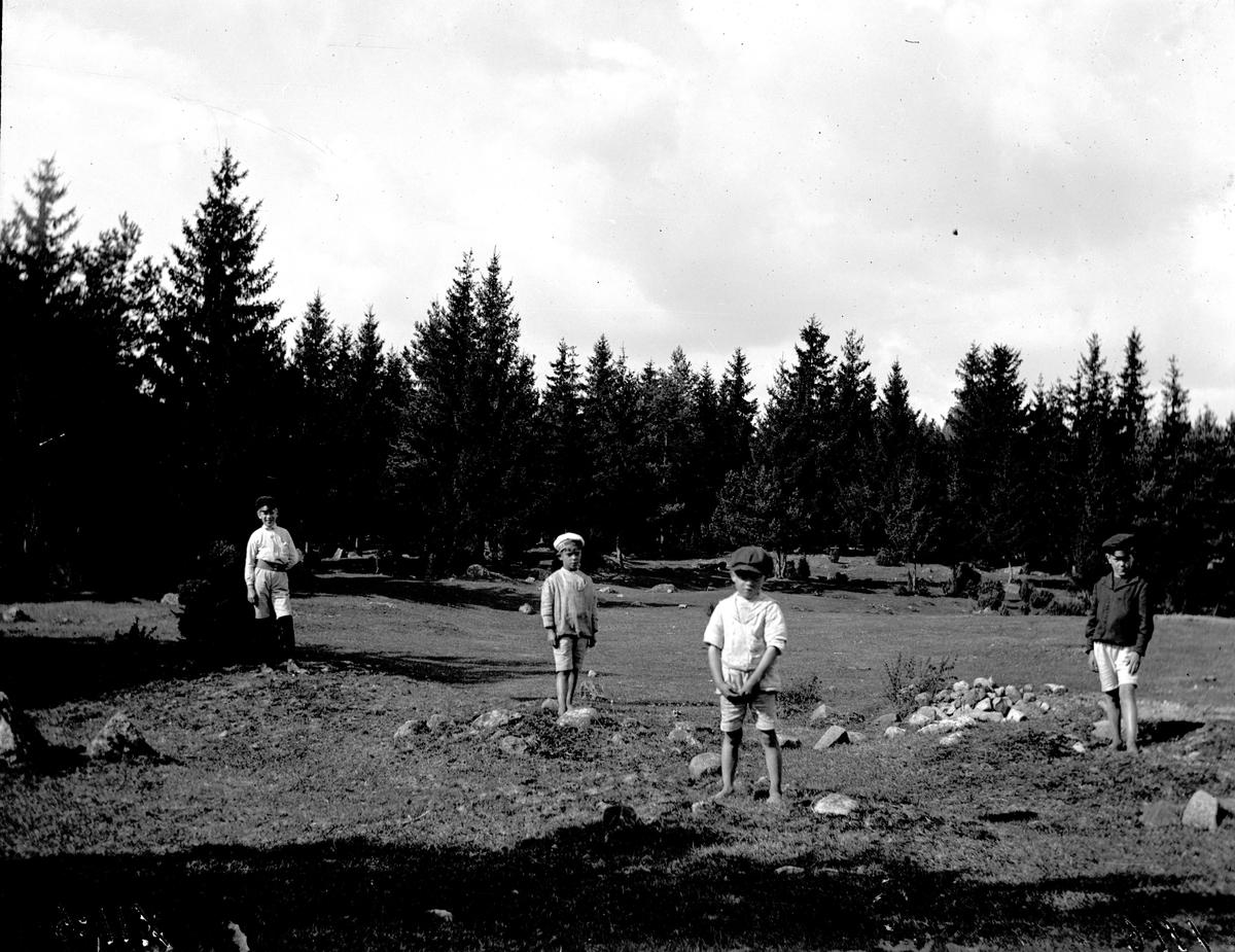 Gravfält vid Norsa på 1920-talet