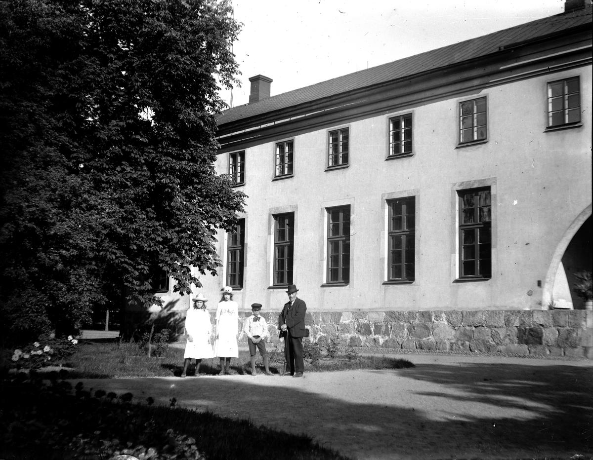 Botaniska institutionen i Uppsala, 1910-talet. Fotograf KJ Österberg.