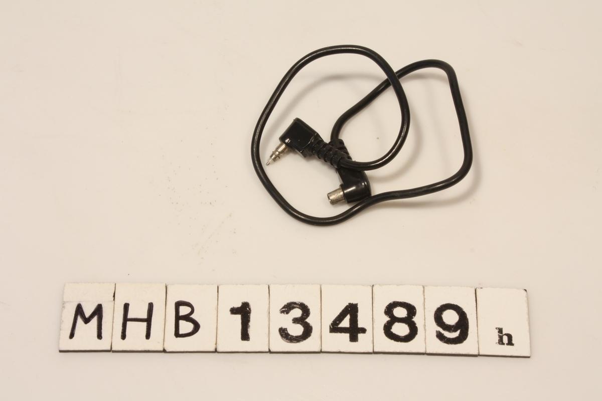 Kabel med kontakter for kobling til fotoutstyr