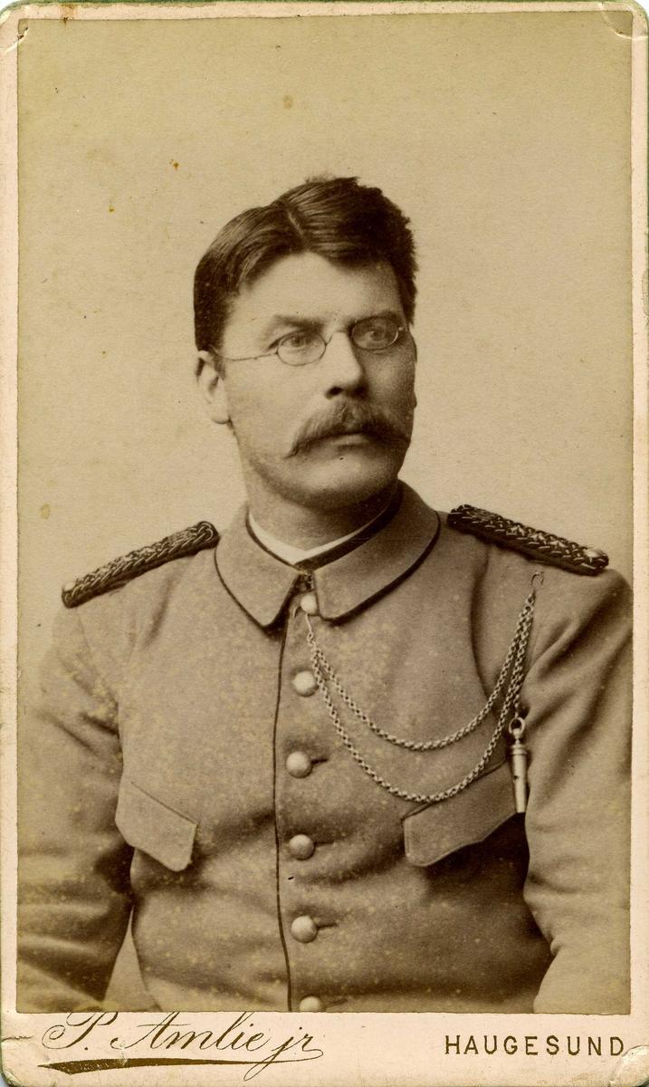 Portrett av kaptein J. Aubert