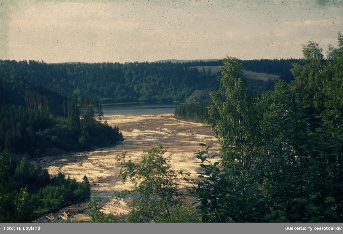 store mengder tømmer ved Viul 1958