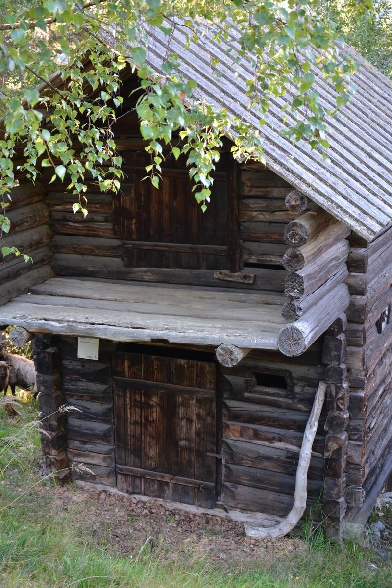 Stall frå husmannsplassen Øvre Fristadplassen.