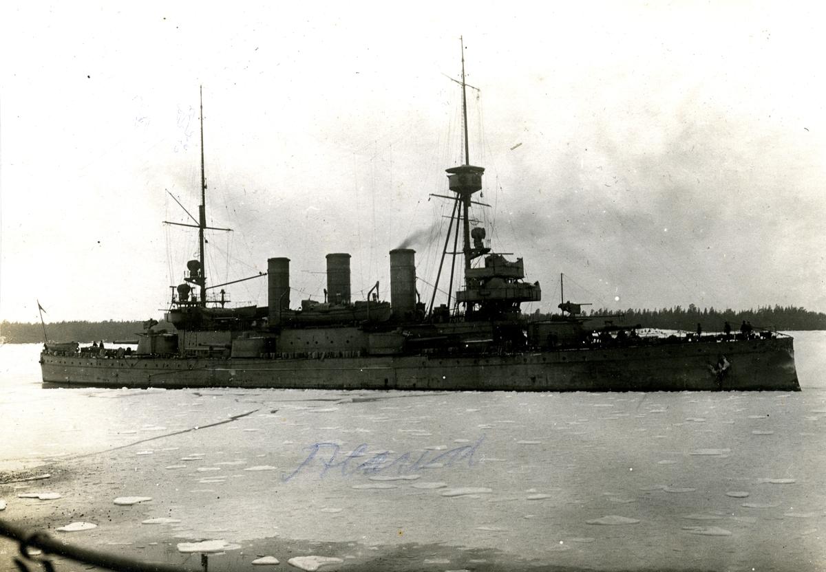 Pansarskeppet Oscar II på Åland