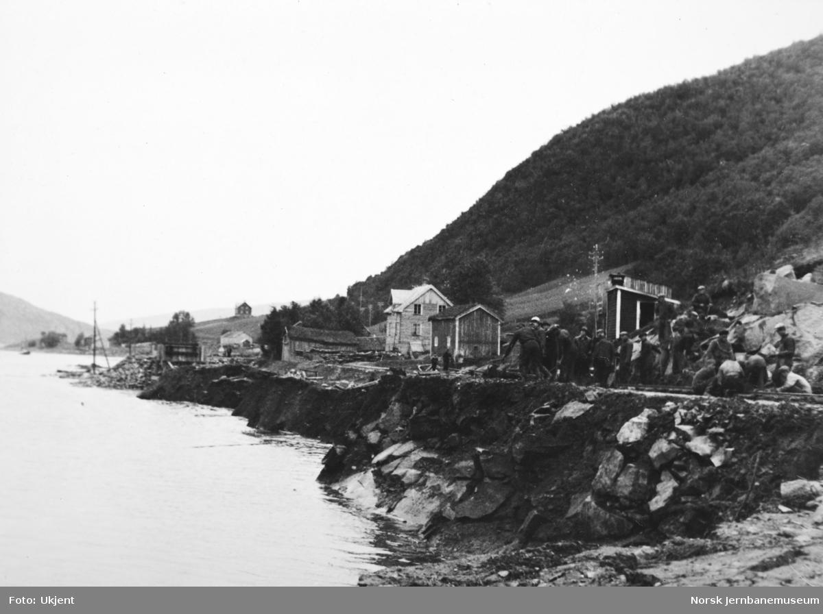 Anlegget Mosjøen-Mo i Rana : utrasing ved pel 300