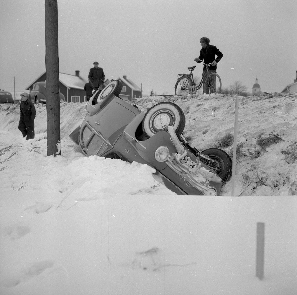 Bilvurpa i Mällösa (Mellösa).25 januari 1955
