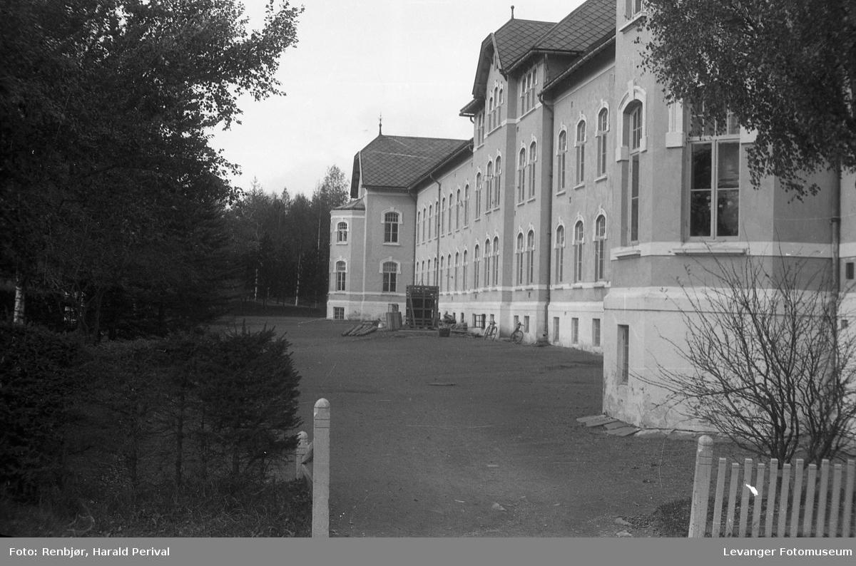 Røstad skole.