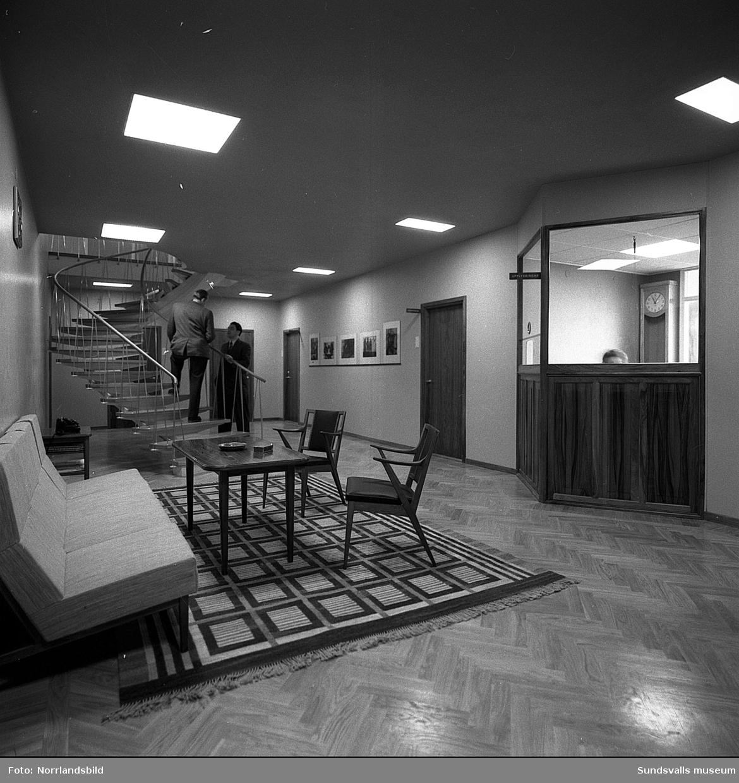 Interiör och konstnärlig utsmyckning i Hallström & Nisses kontorshus vid Landsvägsallén.