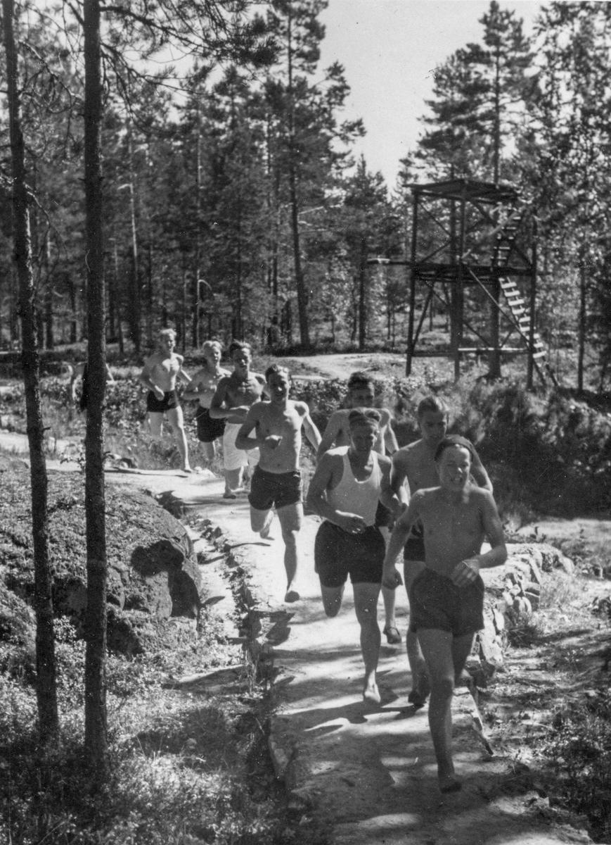 Running training at the Ruudhytta cabin