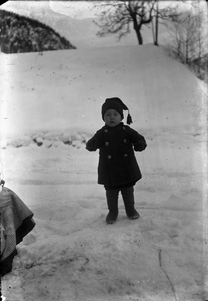 """Fotsamling etter Hans Tveito. """"Olav Heggtveit ca. 1921-22"""""""