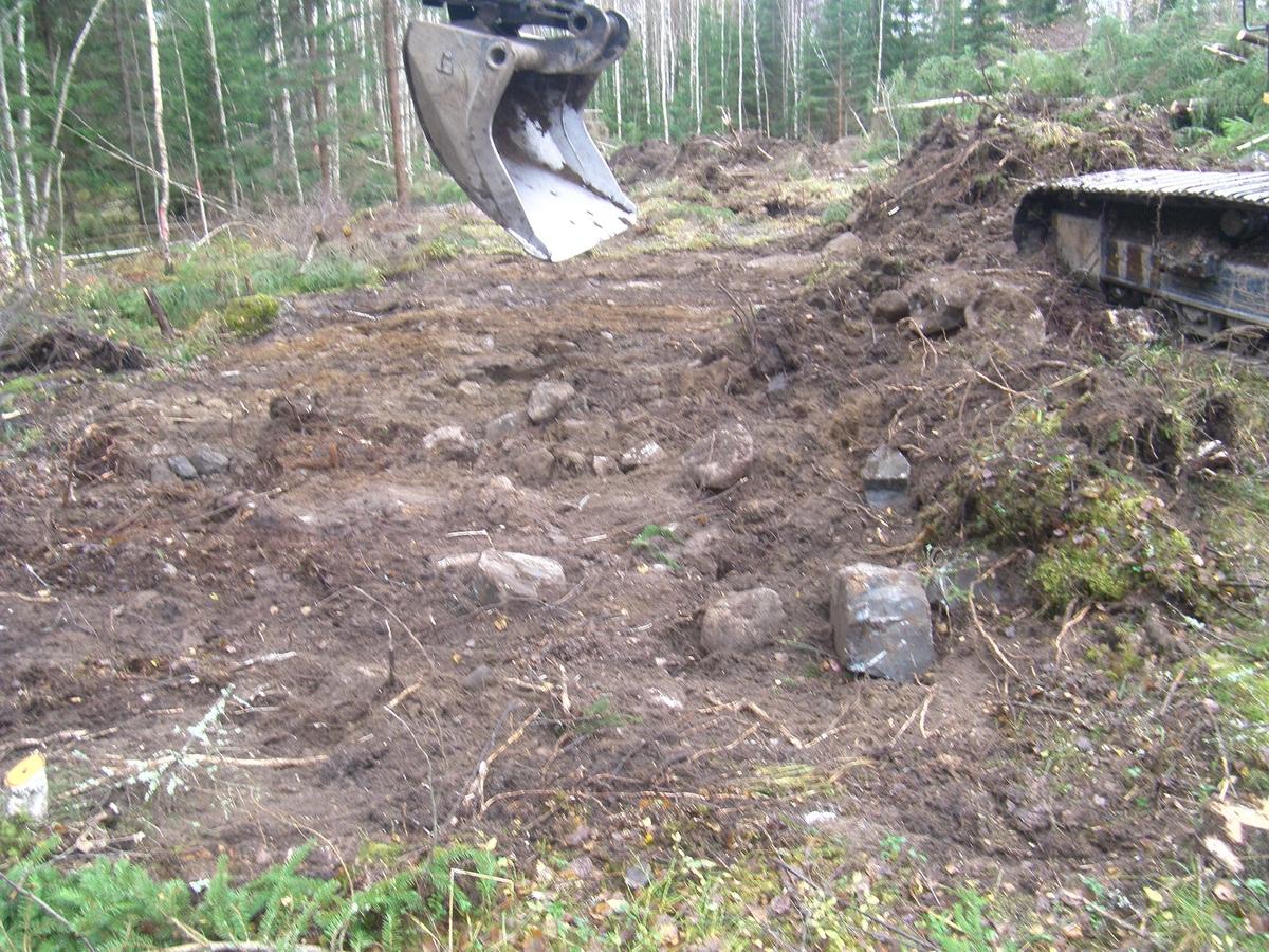 Arkeologisk schaktningsövervakning, schakt 579, lokal 31, Onsby, Alunda socken, Uppland 2014