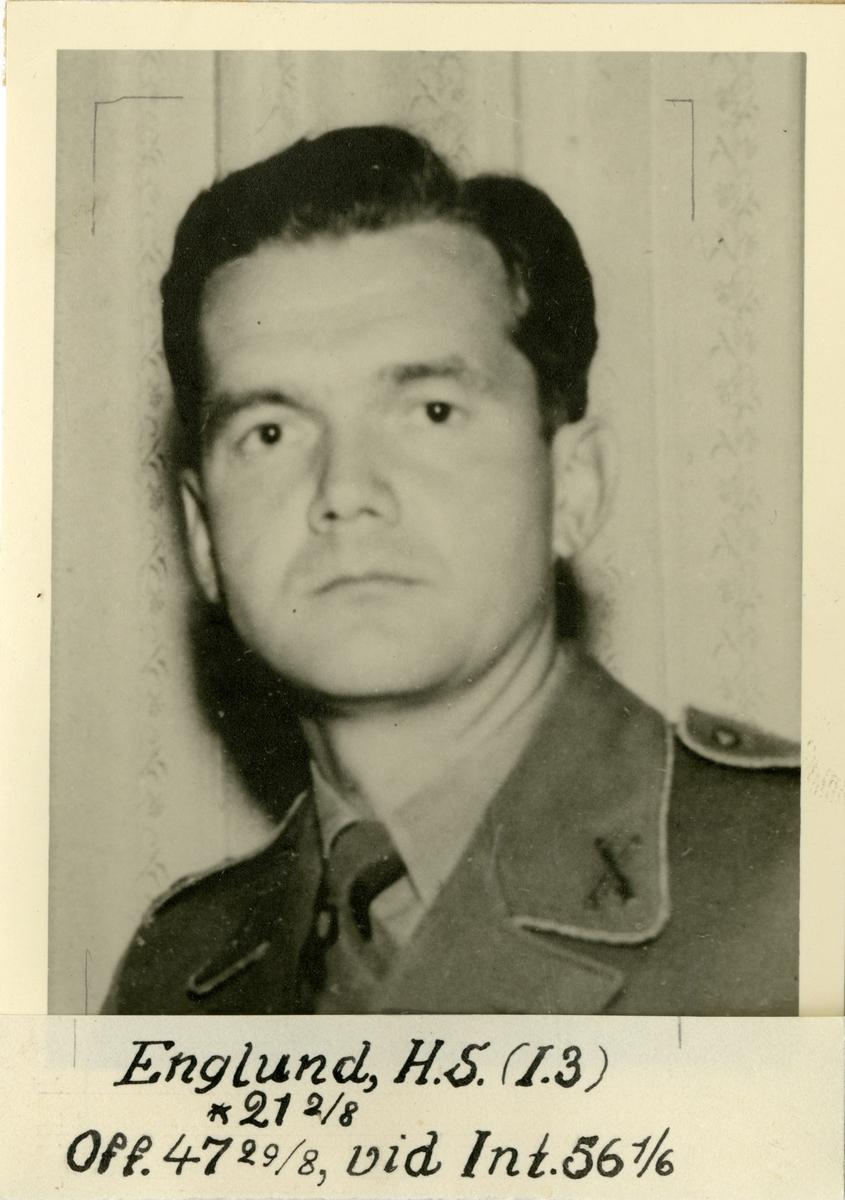Porträtt av Helge Sigvard Englund, officer vid Livregementets grenadjärer I 3 och Intendenturkåren.