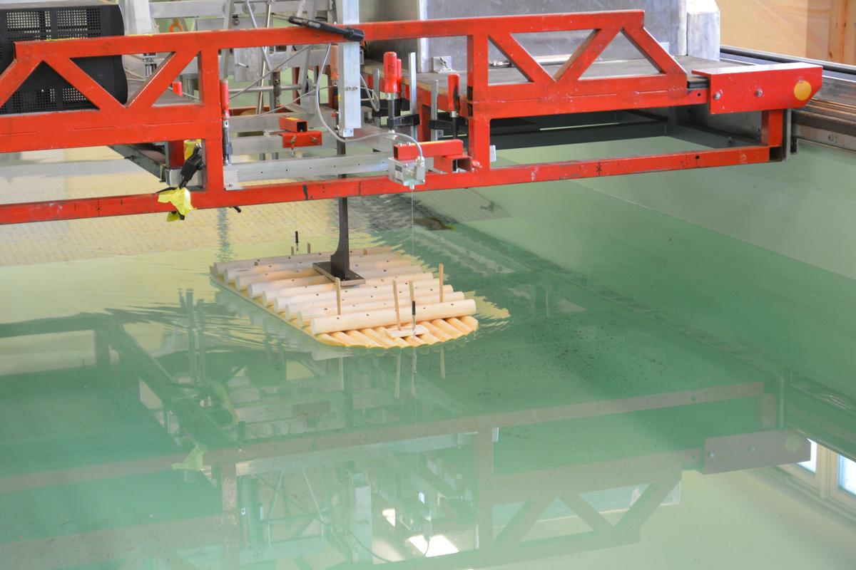 Nøyaktige målinger i NTNUs skipsmodelltank