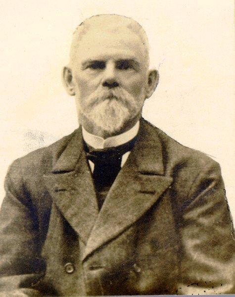 August Lindelöf, folkskollärare.