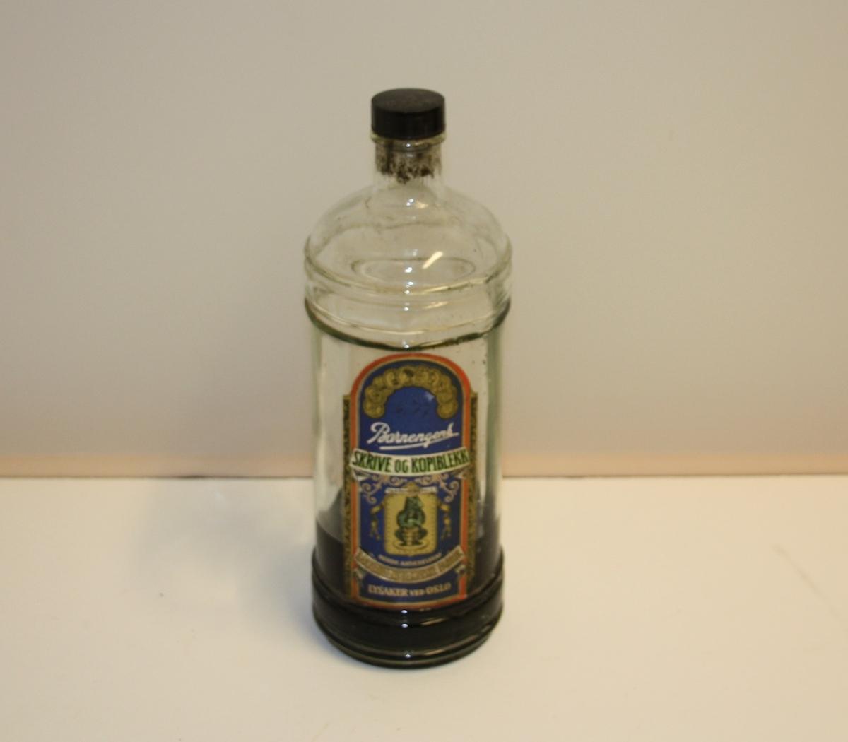 Form: Avlang flaskeforma med skrukork.