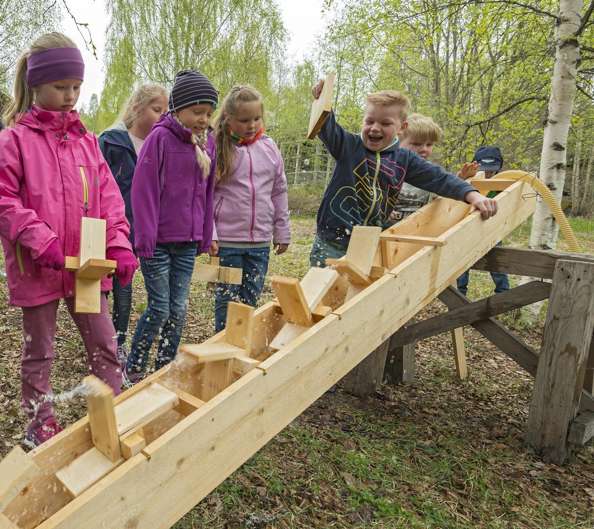 Testing av kvennkaller i friluftsområdet. (Foto/Photo)