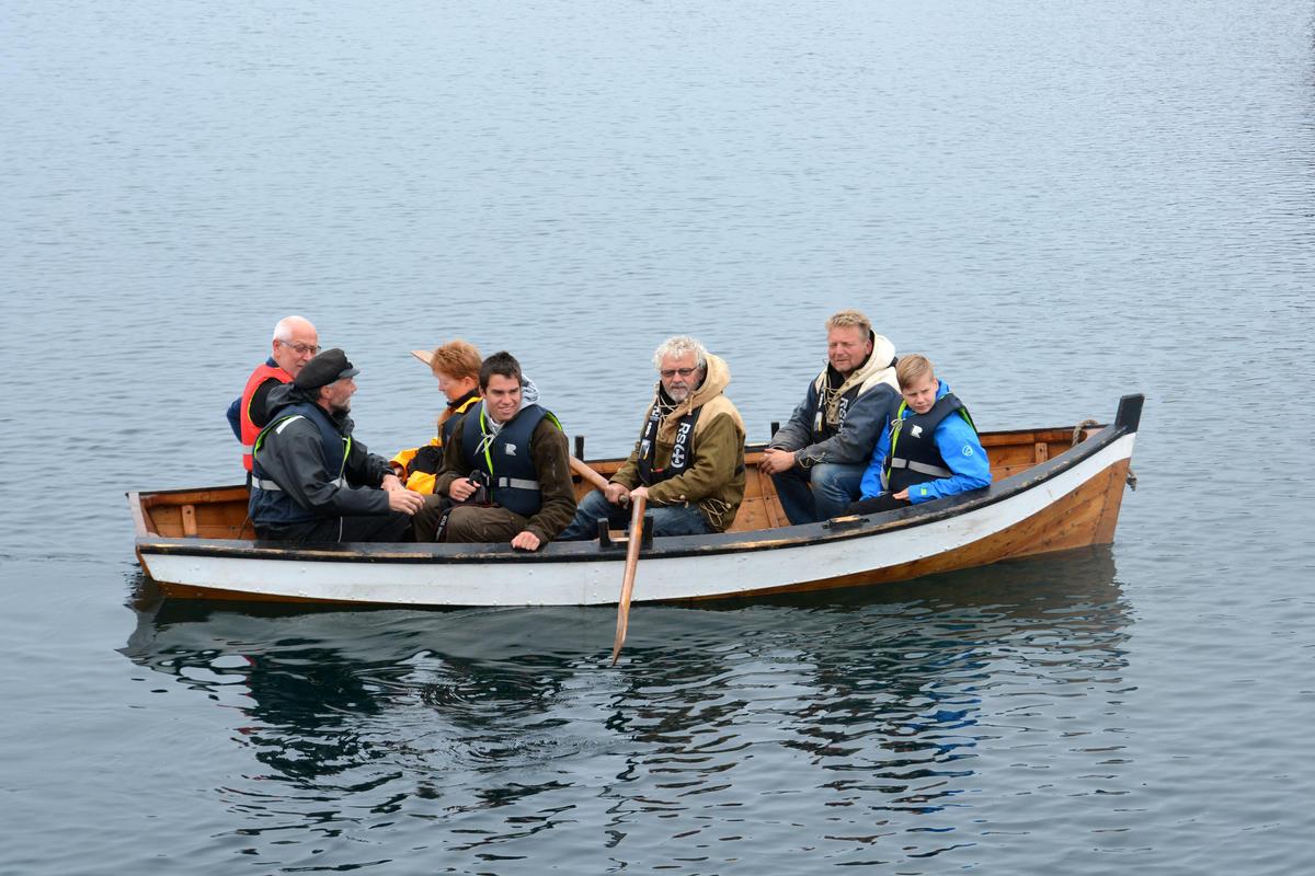 """Skipbåt"". Larger dinghy for a sailing ship."