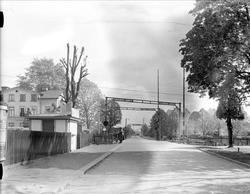 Järnvägsövergång, sannolikt kvarteret Blanka, Uppsala 1944