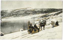 Postkort. Vinterlandskap med fjord og fjell. To hestesleder
