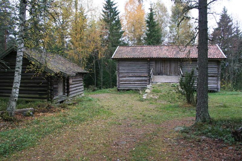 Fagerliskålen og låven i Vestaberg (Foto/Photo)