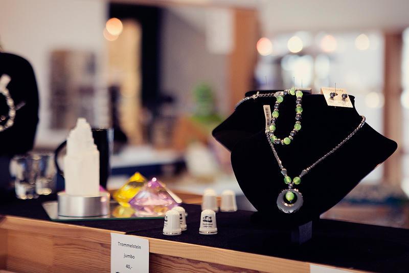 Butikk smykker og suvenirer (Foto/Photo)
