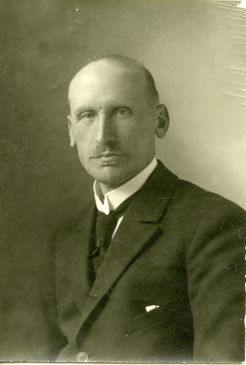 Portrett av Olaus Islandsmoen, tatt 1925.