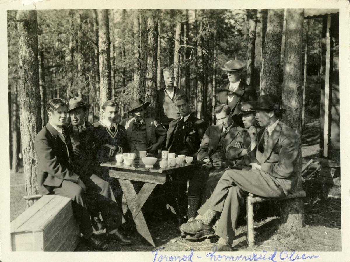 Kongsberg athletes gathering at the Ruudhytta cabin