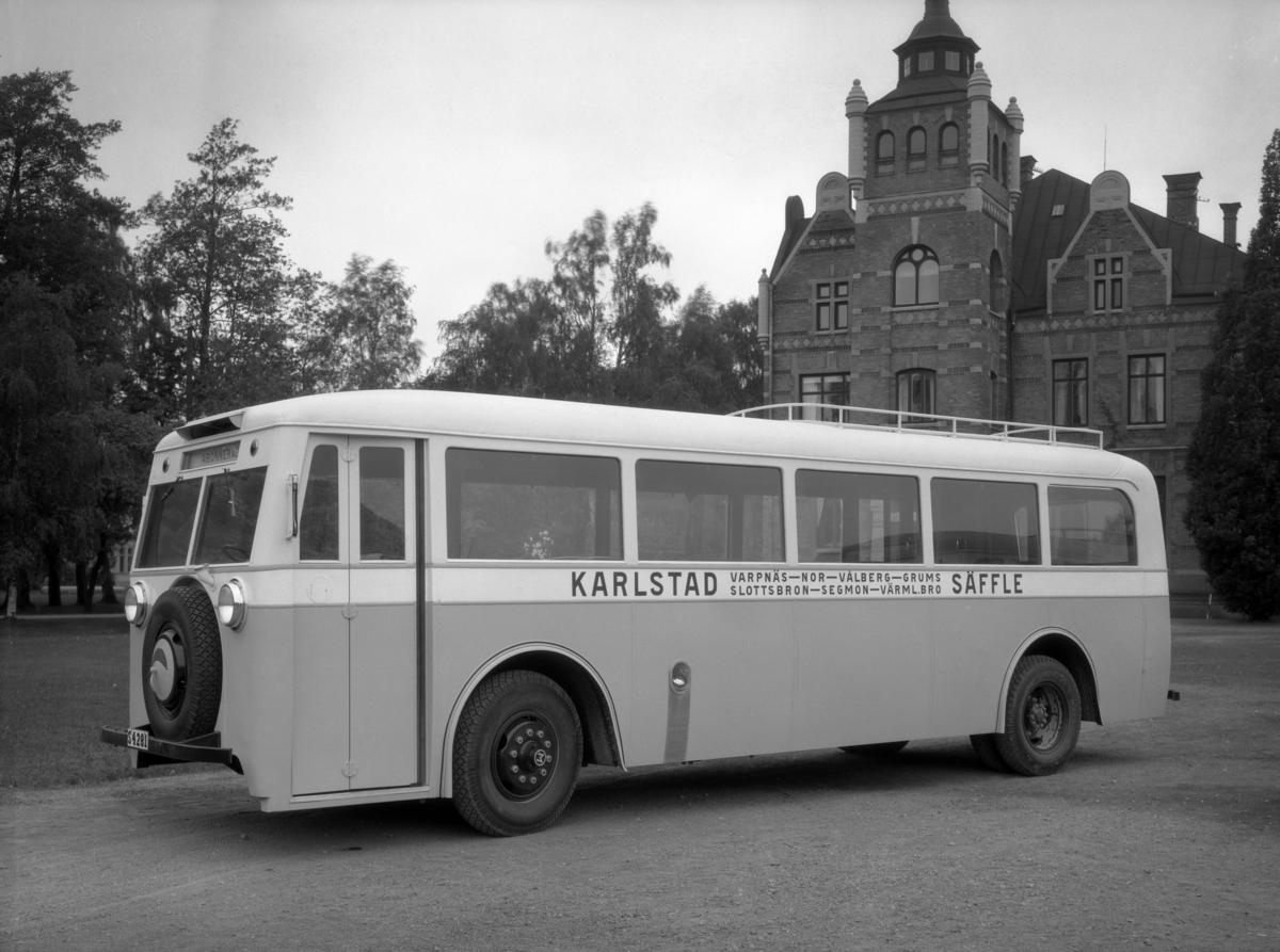 Säfflebussen och tingshuset i Klara