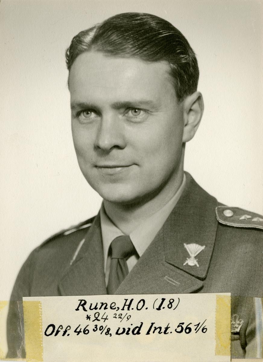 Porträtt av Hans Olof Rune, officer vid Upplands regemente I 8 och Intendenturkåren.