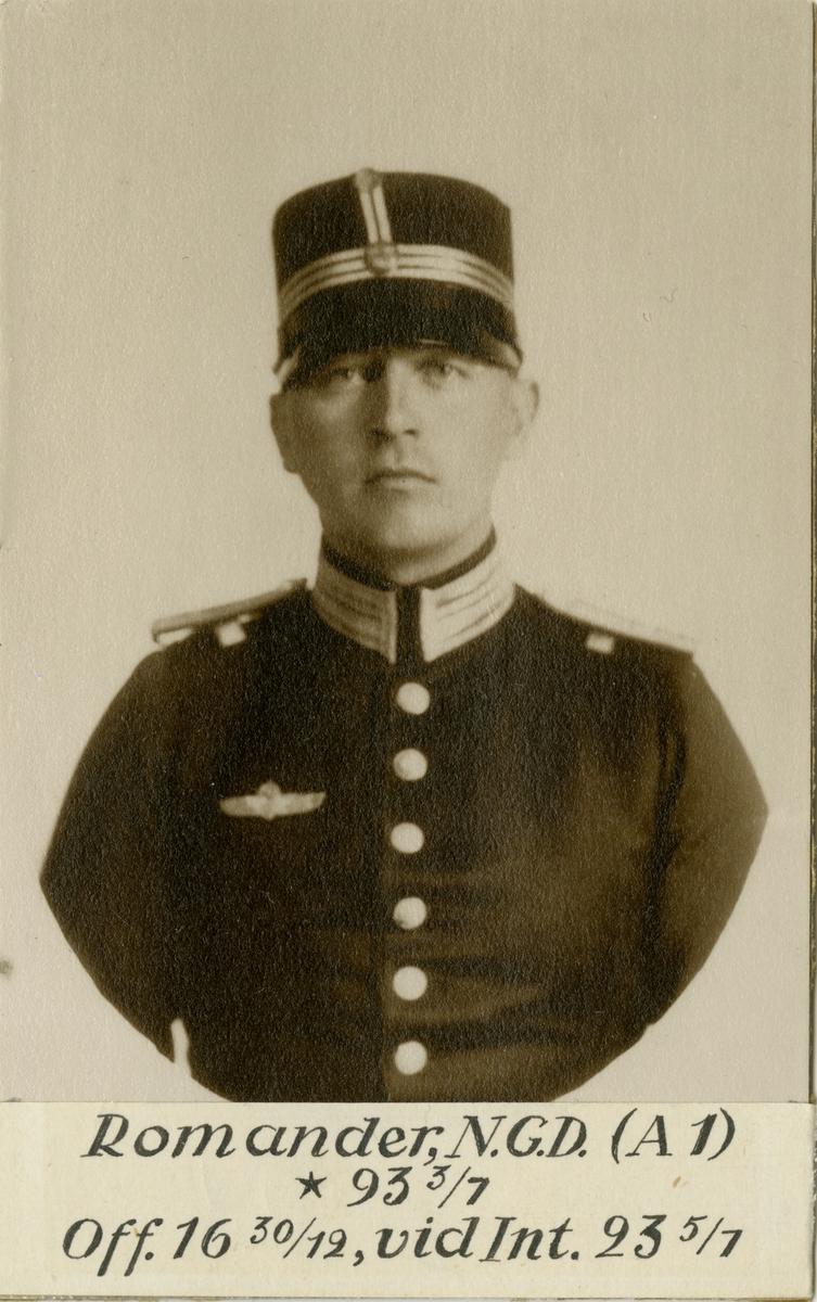 Porträtt av Nils Gustav Daniel Romander, officer vid Svea artilleriregemente A 1 och Intendenturkåren.
