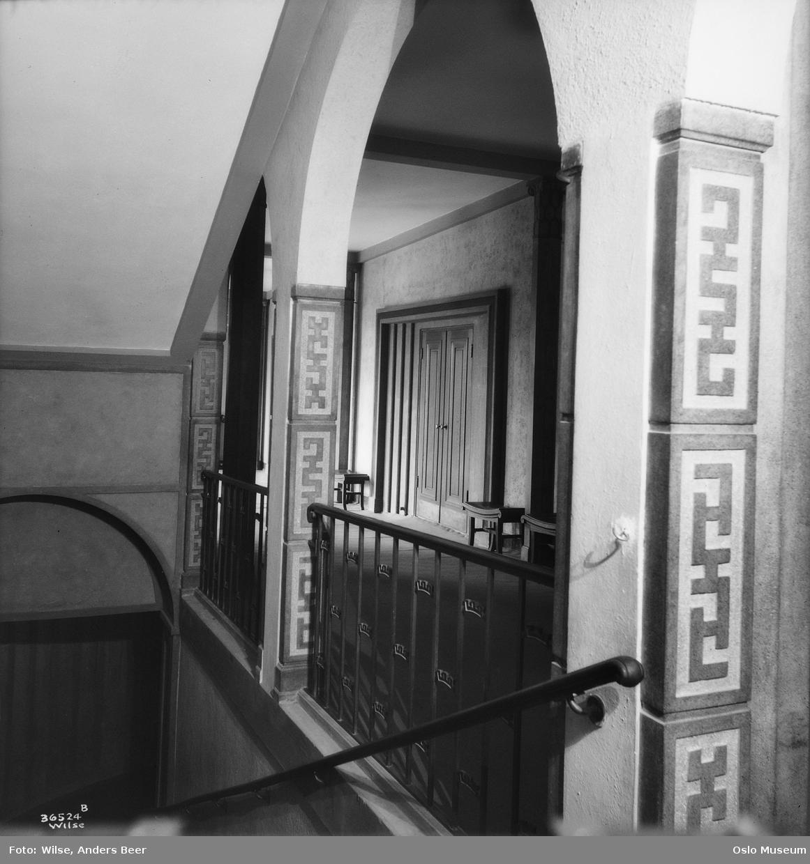Soria Moria kino, interiør, trapp