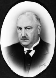 Gårdbruker O.P. Flagstad, portrett.