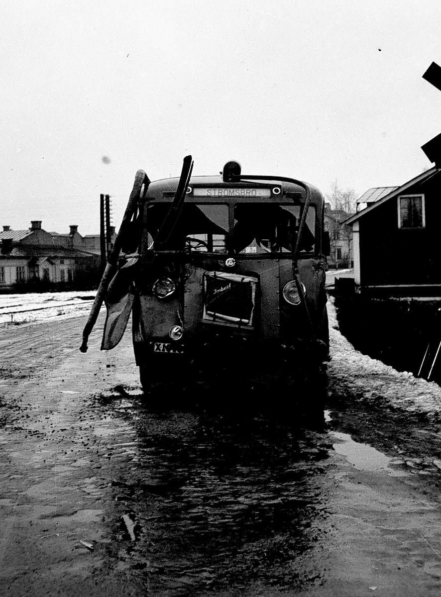 Bussolycka vid Nynäs. Februari 1943. Strömsbro-bussen