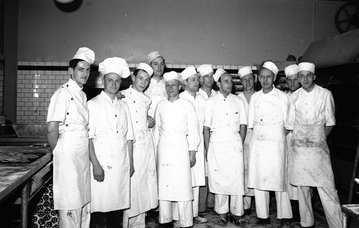 Konsum Alfas Bageri. Den 19 April 1942