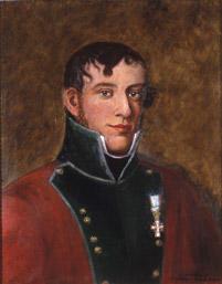 Portrett av eidsvollsmann Georg Ulrich Wasmuth.  Mann med mørkt, krøllet hår og kinnskjegg. Rød/grønn uniform med oppstående krager, hvit skjorte og svart halsbind. Små knapper. Orden på venstre bryst.