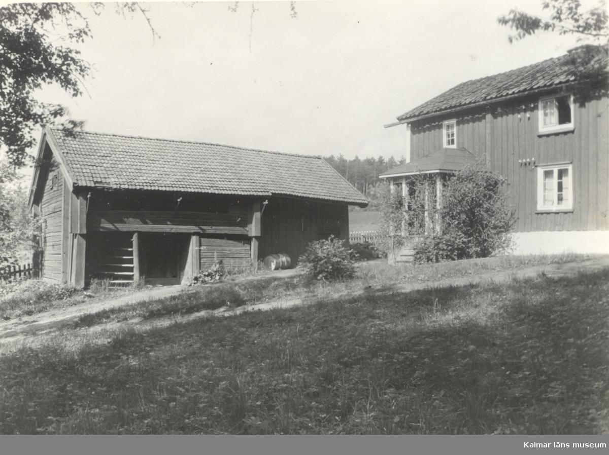 Loftboden finns numera i Landeryds hembygdspark i Linköping.