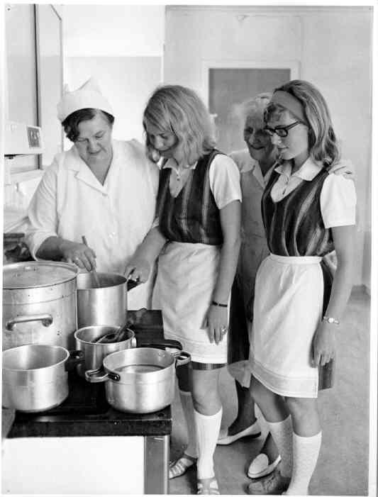 Kjøkken, gamlehjem april 1969.