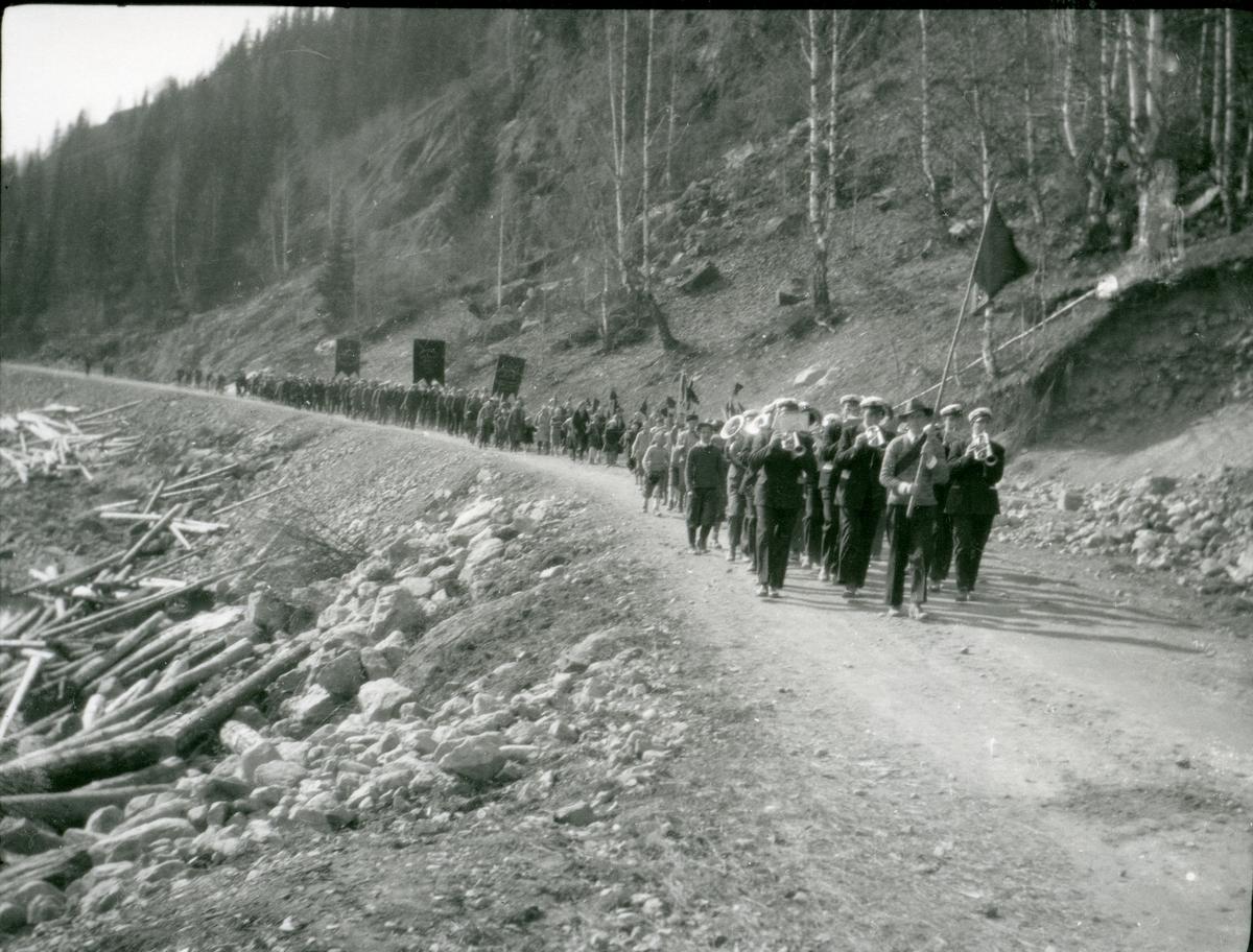1.mai-tog i Tellatn i 1920-åra.