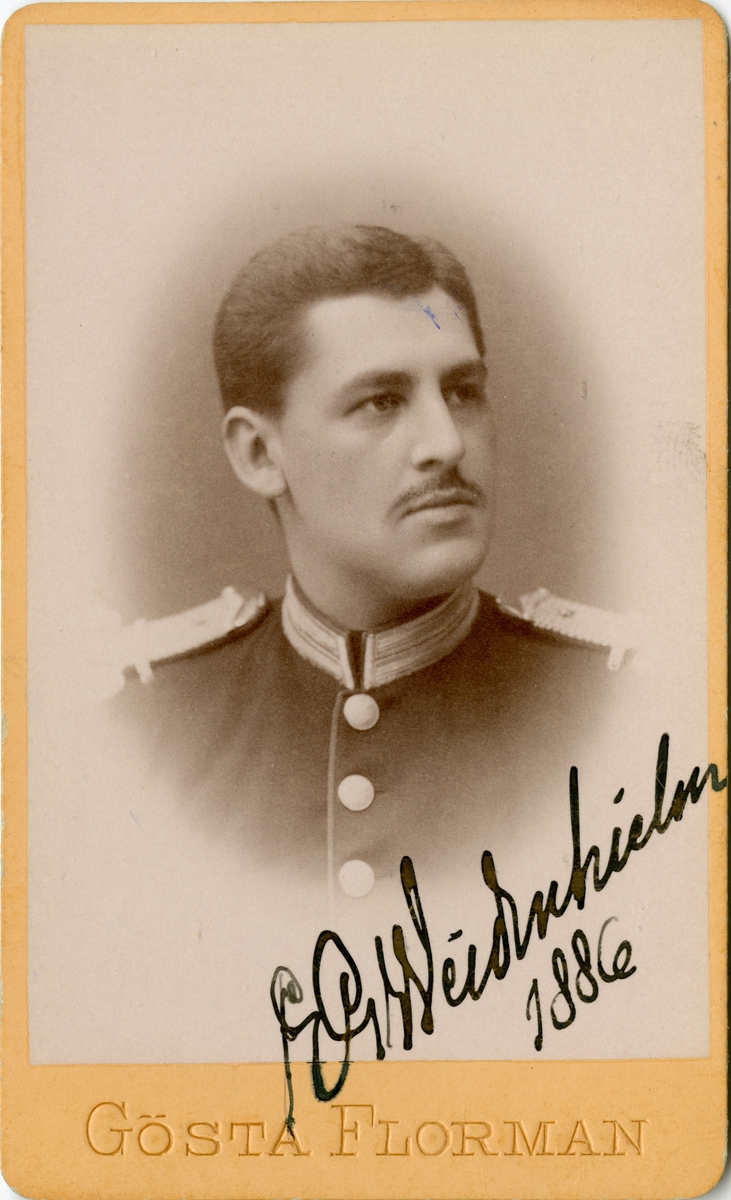 Porträtt av Ernst Gustaf Weidenhielm, underlöjtnant vid Svea livgarde I 1.