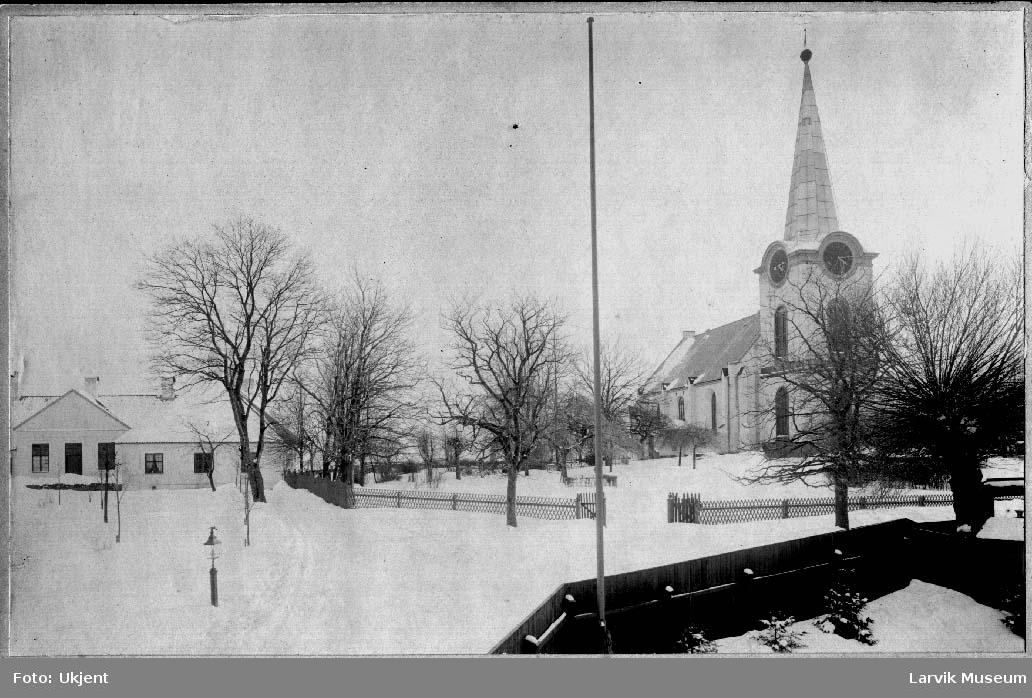 Larvik kirke, Hospitalet, vinter