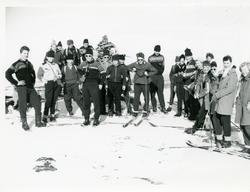 Framhaldsskolen på skitur, 1958/59.